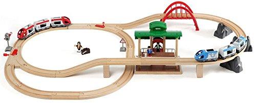 בריו - סט מסילה + 2 רכבות נוסעות BRIO 33512
