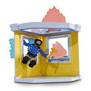 סמי הבאי - Fireman Sam מתקן אימונים קטן כולל אזיברים לכיבוי האש והדמות אלביס. 109251052