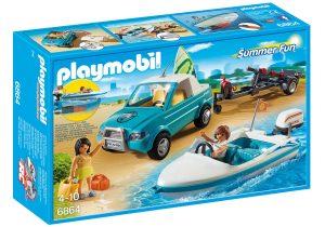 רכב עם נגרר סירה וציוד גלישה - פליימוביל 6864