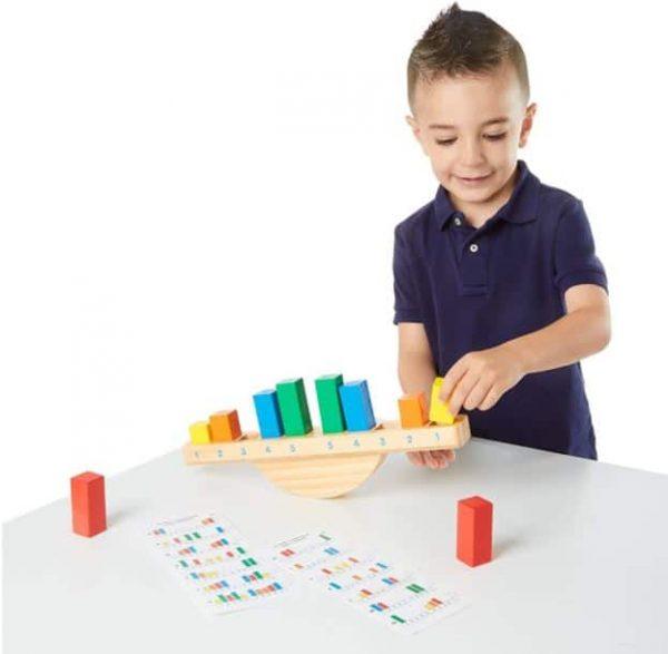 משחק שיווי משקל צבעוני - מליסה ודאג