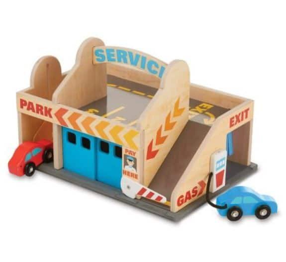 מוסך ותחנת שירות מעץ - מליסה ודאג