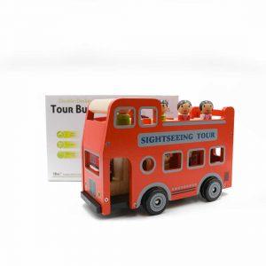 אוטובוס תיירים אדום מעץ