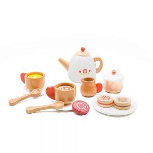 מסיבת תה - סט כלים מעץ