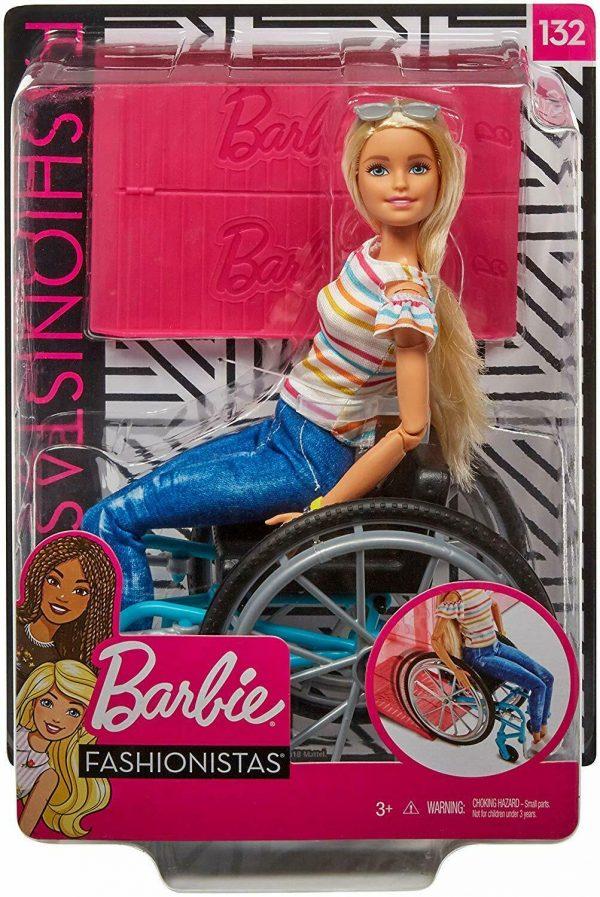ברבי עם כיסא גלגלים GGL22