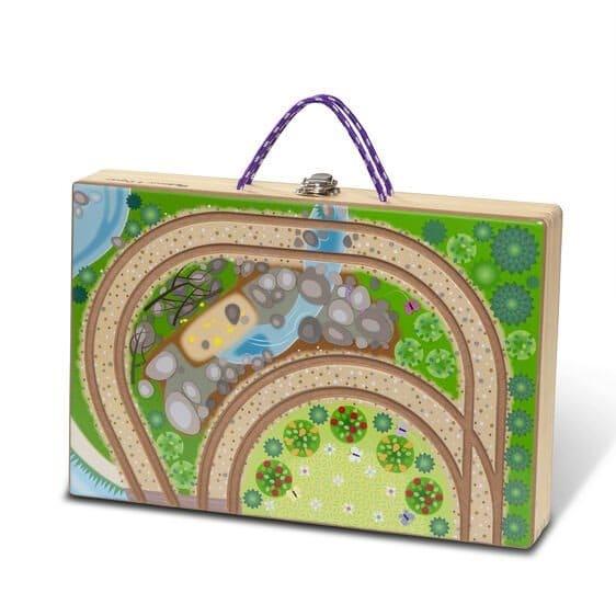 ממלכת נסיכות בקופסה ניידת - מליסה ודאג