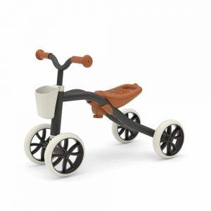 קוואדי - אופני 4 גלגלים בצבע שחור