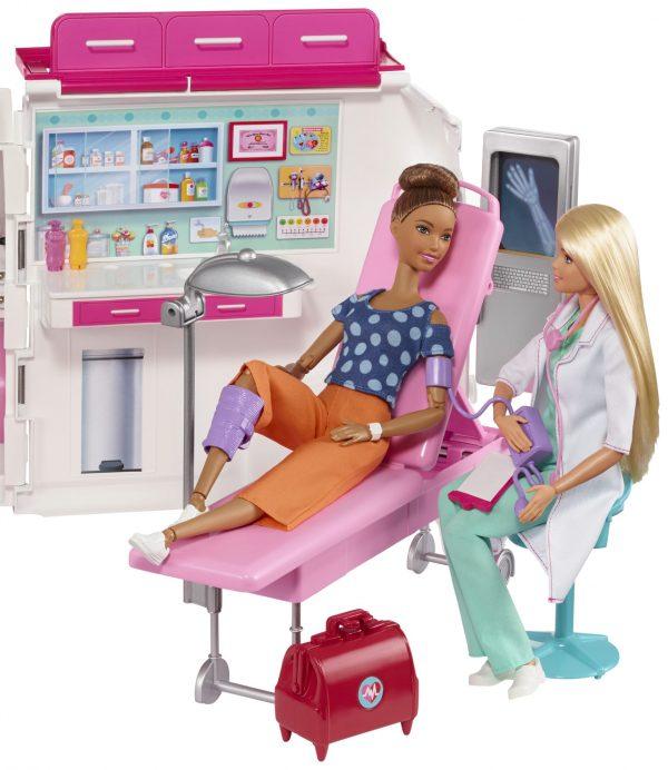 ברבי - אמבולנס נפתח למרפאה ניידת